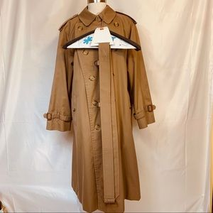 Burberry Authentic Nova Check Trench Coat 40S
